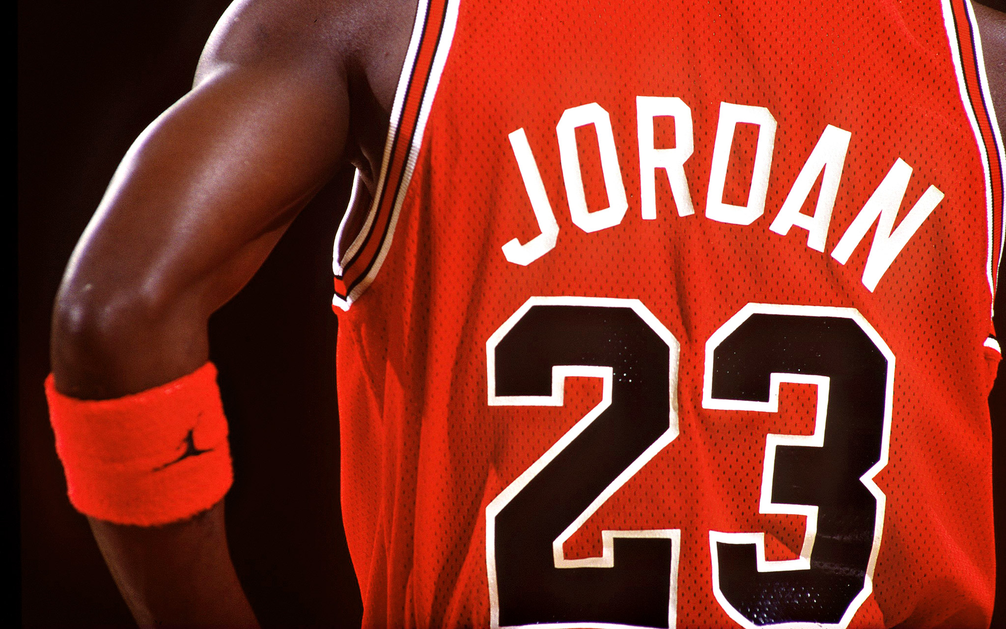 REPORT: Michael Jordan made more money in 2014 than during entire playing career…